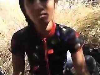 Indian Girlfriend Fucking Video And Outside Blowjob
