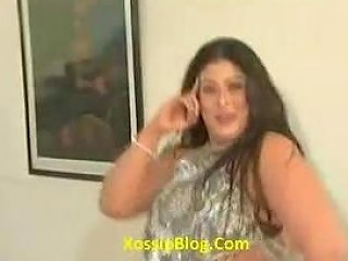 Big Boobs Pakistani Pashto Aunty Mujra
