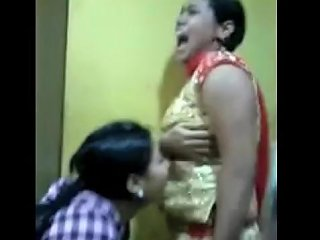 Indian College Girls Sexy Dance