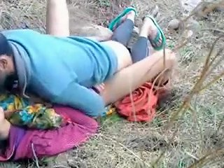 Mumbai Couple Sex In Park