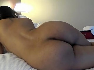 Desi Curvy Booty Sucking And Fucking With Loud Moaning