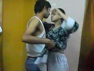 Indian Hot And Spicy Sonia Bhabhi Sucking Her Man Big